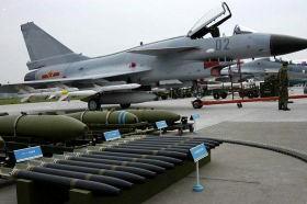 中国最新鋭戦闘機J10イメージ