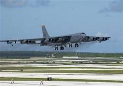 B-52戦略爆撃機イメージ