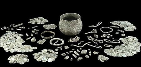 ヨークシャーの農地で発見されたバイキングの「お宝」。