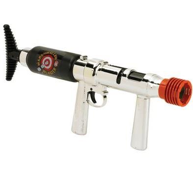 マシュマロ銃「The 50-Foot Marshmallow Blaster」。射程は15メートル。