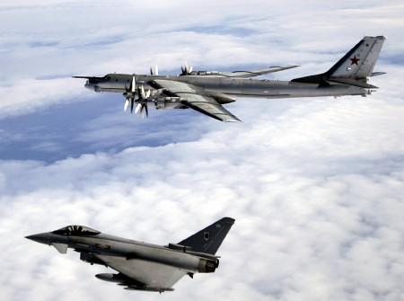 戦略爆撃機の画像 p1_9