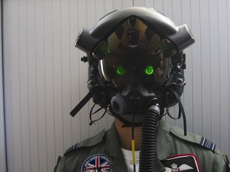 F-35のパイロットに採用予定のヘルメット。宇宙服用のものではない。