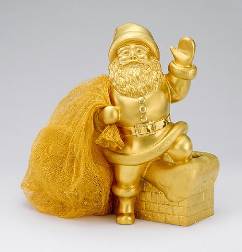 20キログラムの純金で作られたサンタクロース。枕元に立たれたら明るくて眠れ無くなりそう。
