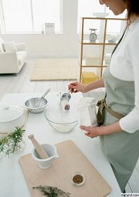 独身女性の料理イメージ