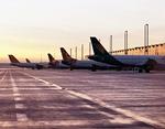 ジェット旅客機の黄昏イメージ
