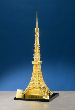 純金製東京タワー