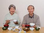高齢者の食事イメージ