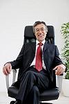 社長の椅子イメージ