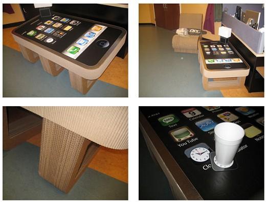 iPhoneテーブル