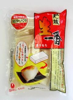 越後製菓の「切り餅」。側面に切り込み(ふっくらカット)を設けることで形が崩れるのを最小限に防ぐ