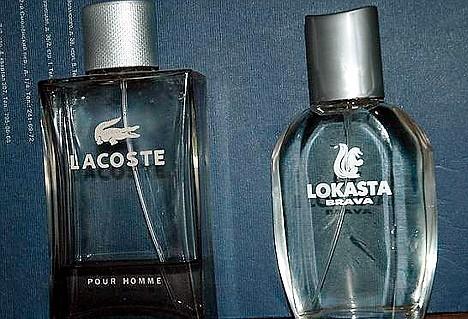 LOKASTAの化粧品。オリジナルはもちろん「ラコステ」。立ち姿で太めのワニ……というかリスみたいな動物が見て取れる。
