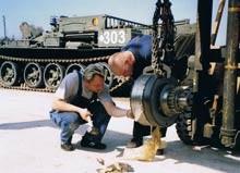 戦車整備イメージ
