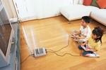 さらに旧世代のスーパーファミコンで遊ぶ子どもイメージ