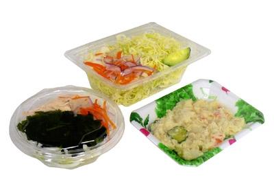 上段:「グリーンサラダ」、下段左:「わかめと蒸し鶏のサラダ」、下段右:「ポテトサラダ」