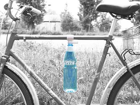 自転車用のボトルクリップ