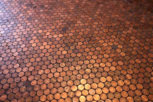 使い古された硬貨も混じっていてくすんだ色のもあるが、全部1セント硬貨。