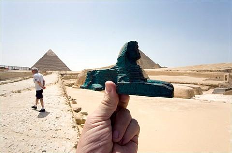 数千年の太古からピラミッドたちを見張る番人、スフィンクスもお手の物。…色がちょっと違うけど、気にしない!