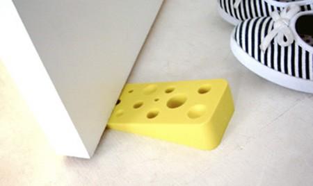 チーズなドアストッパー