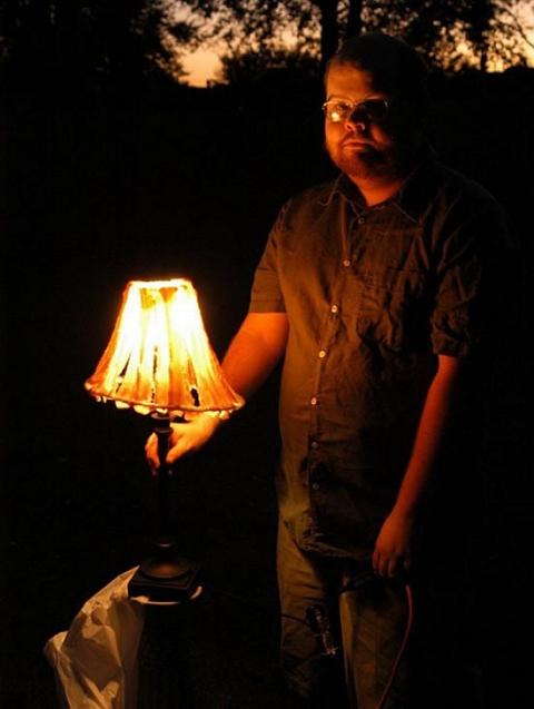 闇夜に光るベーコンな明かり。……使っているうちにベーコンが焦げてこないか?