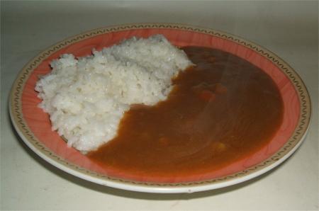 ご飯に盛り付けたキレンジャーカレー