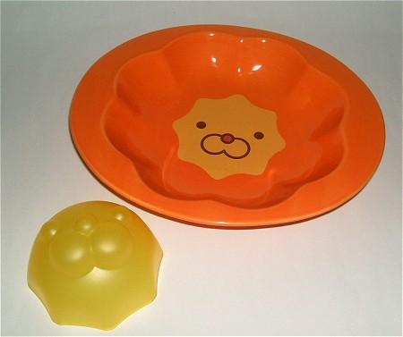 ポン・デ・ライオンの深皿(陶器製)とポン・デ・ライオンのライス型