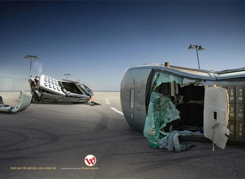 ↑ Wataniya Telecom - Cell Phone Car Crash - (2008) print, Kuwait