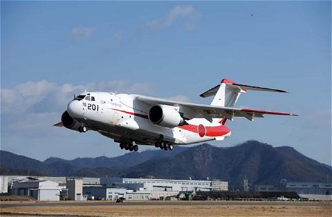 ↑ 防衛省発表画像による航空自衛隊次期輸送機「XC-2」の試作1号機
