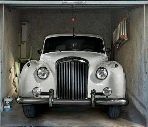 ↑ クラシックカーあたりは、雰囲気があっていいかも