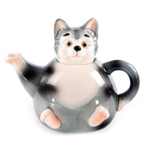 ↑ 猫のティーポット。頭の部分がフタになっている。