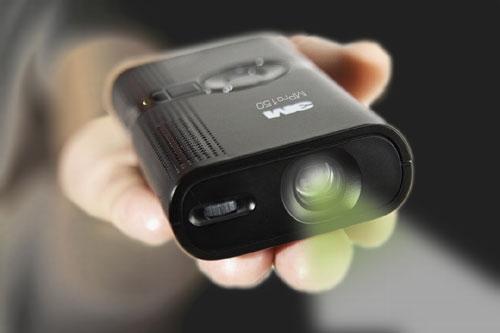 ↑ 3M ポケットプロジェクター MPro150