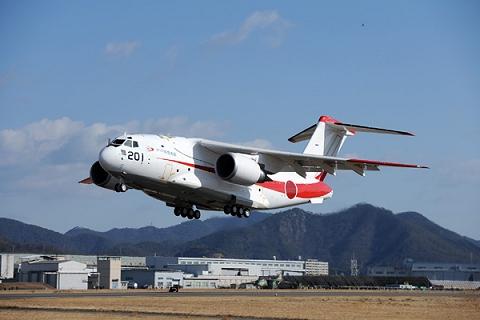 ↑ 川崎重工業提供画像による航空自衛隊次期輸送機「XC-2」の試作1号機