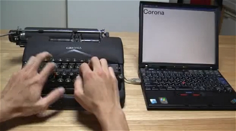 ↑ こちらはThinkPad X40に接続している。接続過程や配線も分かる。