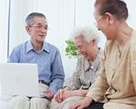 お年寄りたちのインターネット利用