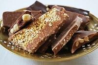 ナッツたっぷりな低カロリーのチョコ