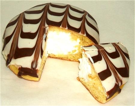 「ストロベリーリング」「ショコラケーキドーナツ」「ホイップクリームドーナツ」