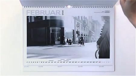↑ 見た目は自動車が映っていない、自動車会社のカレンダー。