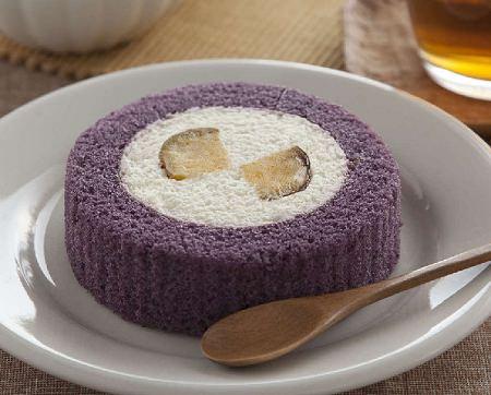 ↑ 芋三昧のロールケーキ