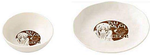↑ おでんキャンペーン 「ムギちゃんのおでん皿」(左)と「大きいムギちゃんのおでん皿」(右)
