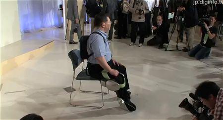 ↑ トヨタが発表したロボットの取材映像。