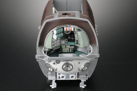 ↑ LEDユニットで投光器を再現