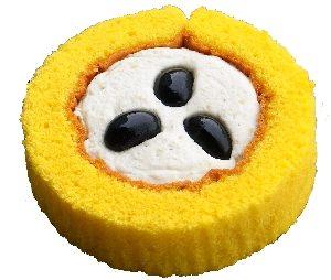 ↑ プレミアム丹波黒豆と芋栗のロールケーキ