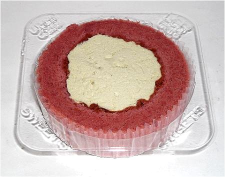 プレミアム フランボワーズとピスタチオのロールケーキ