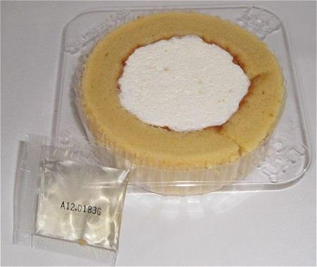 ↑ プレミアム柚子とジンジャーのロールケーキ