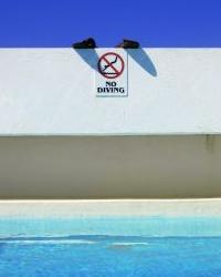 飛び込み禁止