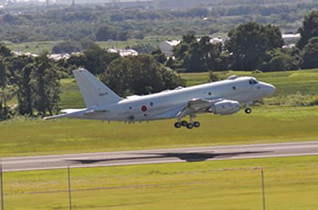 ↑ P-1固定翼哨戒機・量産初号機。