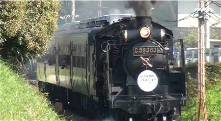 ↑ 日本国内で唯一動態保存機として活躍している(秩父鉄道)、同型機のC58 363号機の姿。