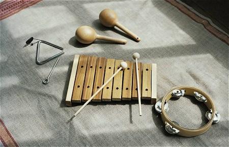 ↑ はじめての楽器シリーズ