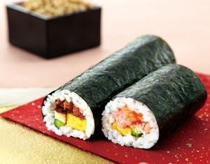 ↑ まるかぶり寿司や海鮮恵方巻