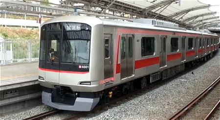 ↑ 東急5050系4000番台の実車。