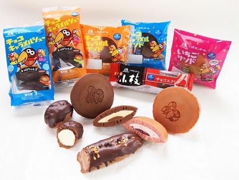 ↑ 森永製菓の人気・定番菓子をチルドデザートで再現した商品群
